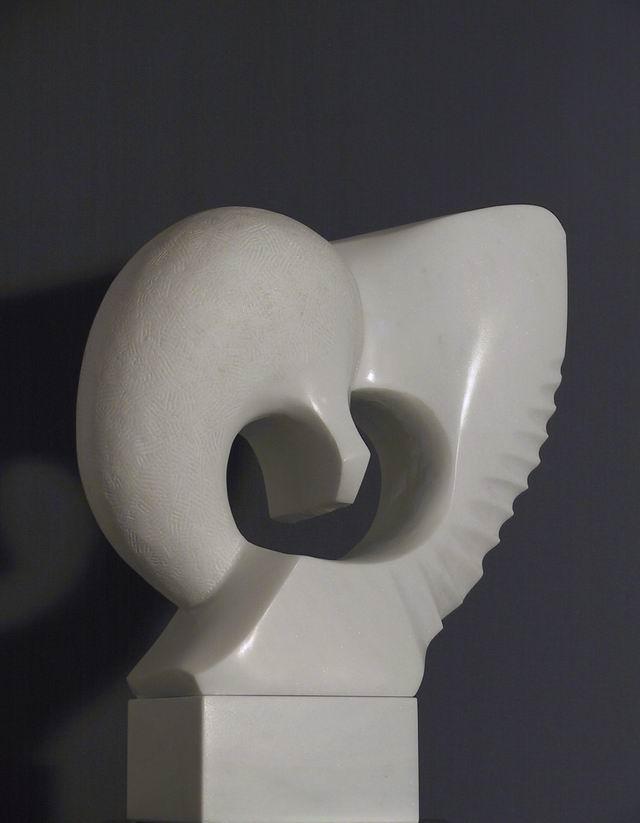 """Begegnung"", 50 cm Marmor Lasa"